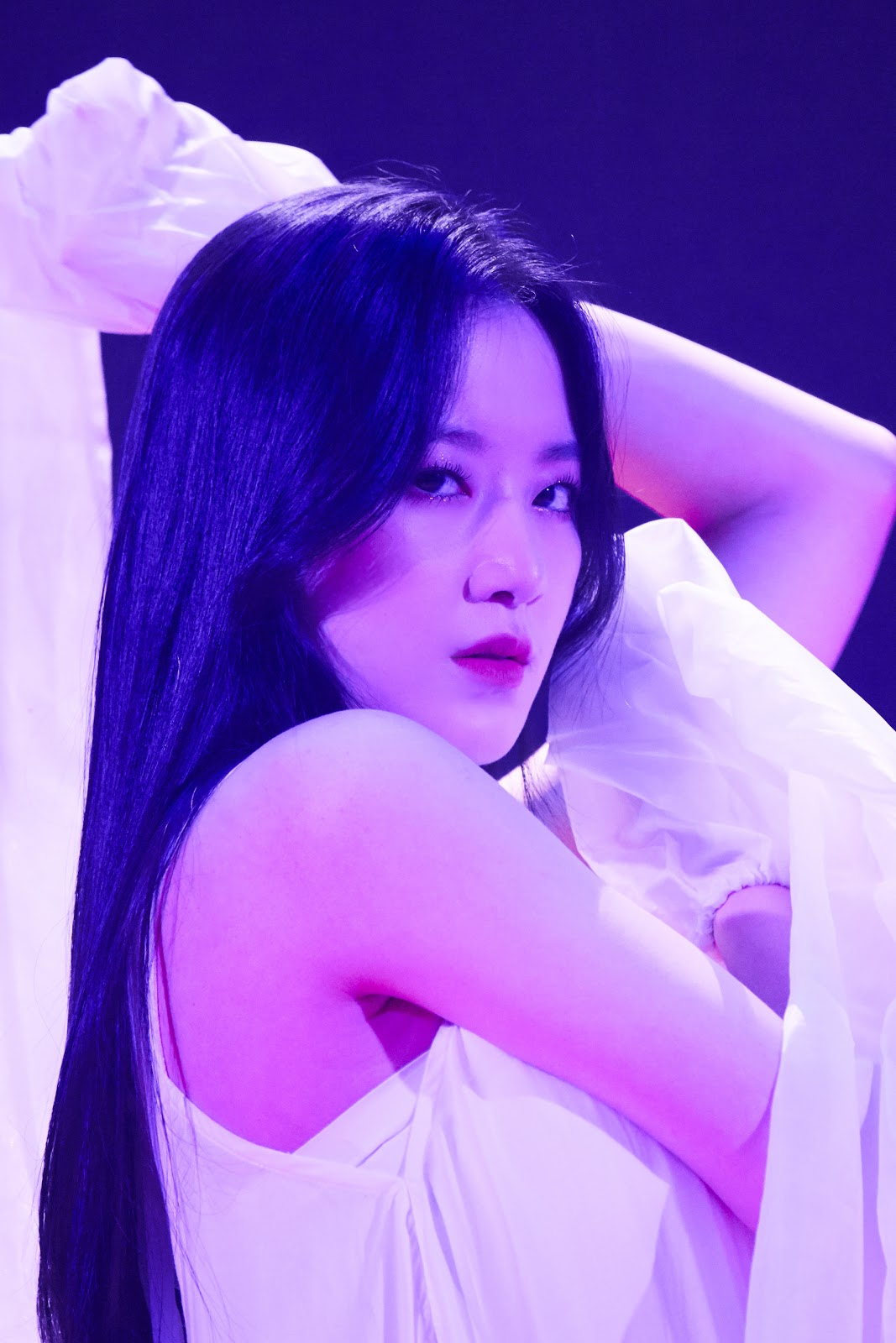 Shuhua from (G)I-DLE